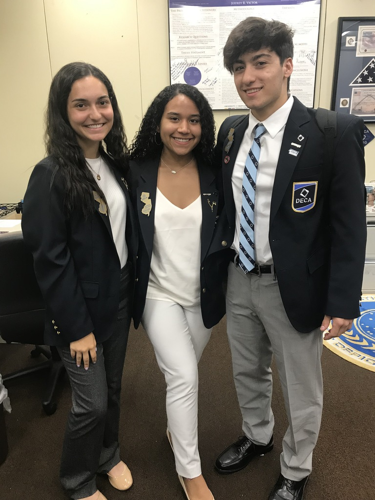 DECA's Central Region VP Amanda Collado