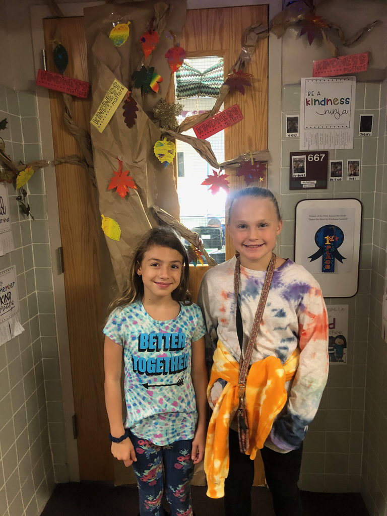 Students wearing tie-dye!