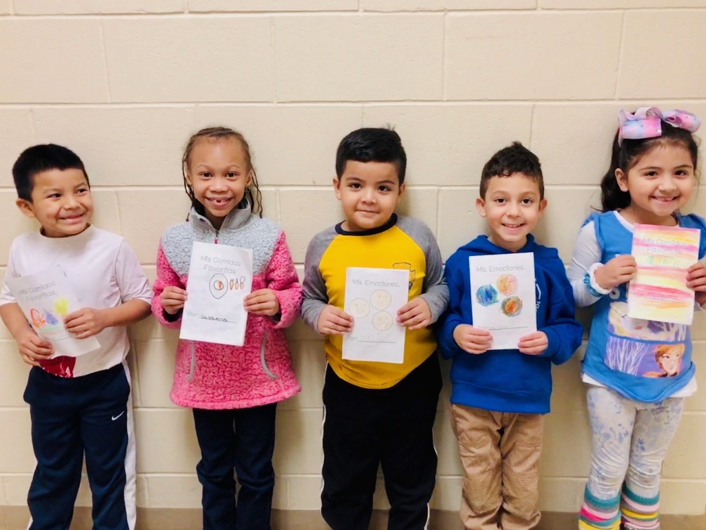 Our published authors of the week in Dual Language Kindergarten!