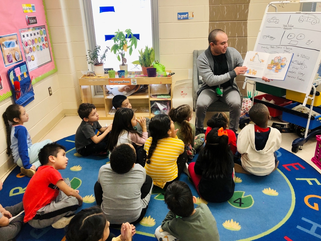 Thank you to Mr. Lopez for reading to us in spanish! #duallanguage #parsonspride #drawntogether